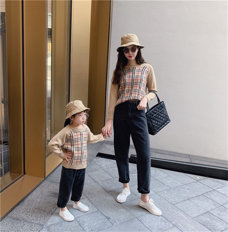 Dad and Me Clothes New Winter Mother Daughter Sweater Fashion Family Matching Outfits Women Girls Long Sleeve Outerwear E0331