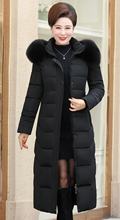 Wysokiej jakości damskie zimowe ocieplane kurtki z futrzanym kołnierzem z kapturem ciepłe zagęścić damski płaszcz x-long Ladies Parka Parkas tanie tanio CN (pochodzenie) Zima WOMEN Stałe 202145 X długości 1 6kgs Pani urząd Futro Kieszenie Osób w wieku 18-35 lat zipper