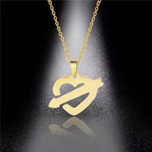 Fashion Stainless Steel Heart Pendant Titanium Steel Creative One Arrow Piercing Heart Necklace Jewelry Wholesale недорого