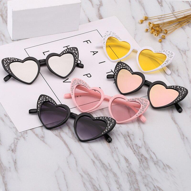 Kids Sunglasses Child Sun Glasses Bling Bling Heart Shaped Baby Girl UV400 Beach Sport Sunglasses New Arrival