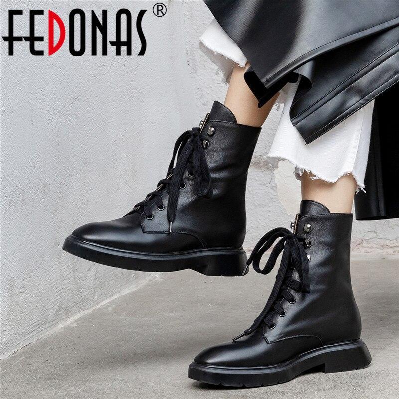 FEDONAS zapatos básicos informales cálidos de otoño invierno de piel auténtica para mujer, botas hasta el tobillo con cordones, zapatos de mujer redonda concisa para dedo del pie, botas Zapatos casuales de cuero genuino para hombre, mocasines de marca de lujo para hombre, zapatos planos transpirables deslizantes en negro, zapatos de conducción de talla grande 38-47