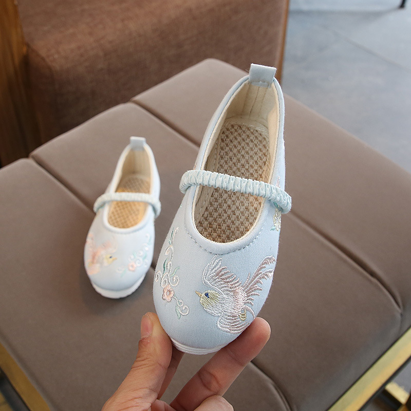 kids baby cloth shoes children girls embroidered shoes soft tendon bottom Chinese style hanfu shoes performance fashion sneakers image