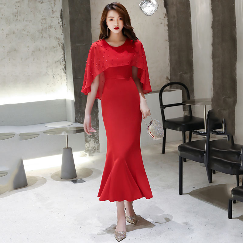 New Red Bat Sleeve Elegant Female Long Qipao Beads O-Neck Evening Party Cheongsam 2020 Summer Tight Asymmetrical Casual Dress