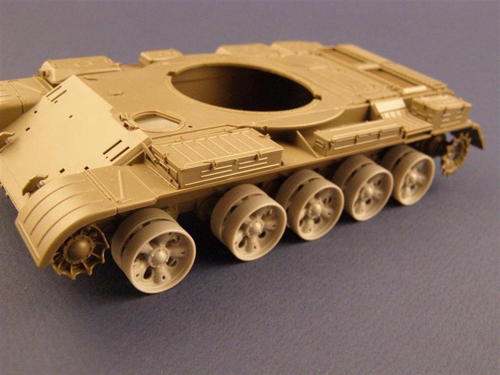 1:35 Resin Figure Model Kit Unassambled  Unpainted //B154(T-55 Tank Tire)NO TANK