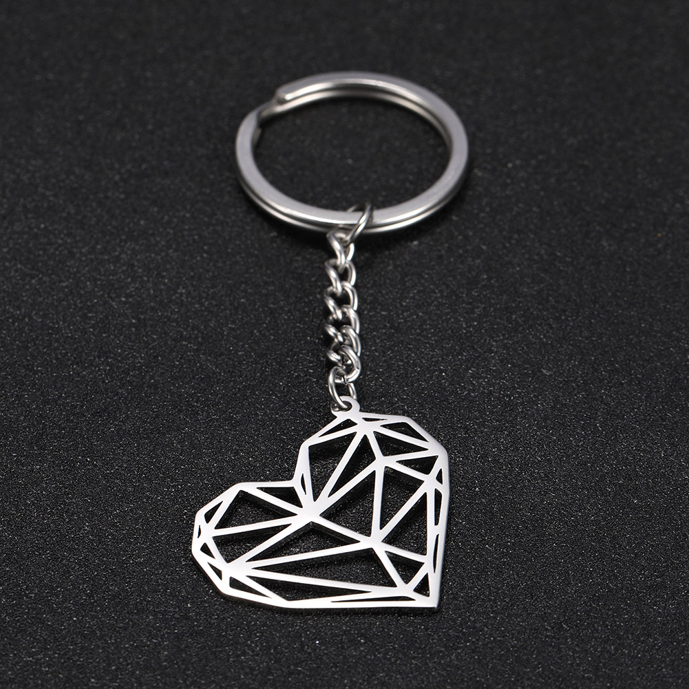 SKYRIM Fashion Hollow Heart Charm Car Keychain Keyring Women Stainless Steel Key Chains Holder Pendant For To Bag Gift
