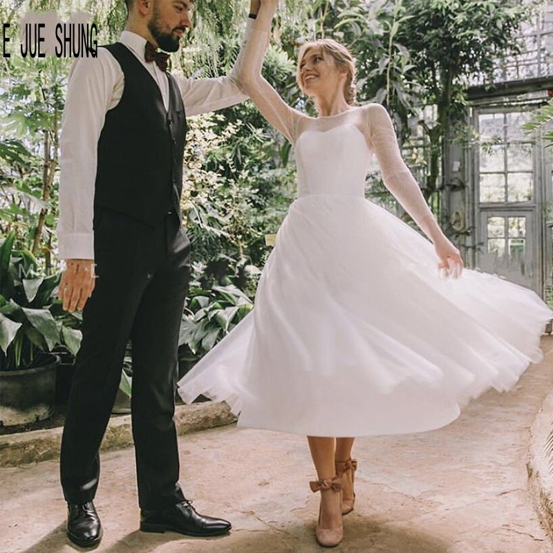 E JUE SHUNG Simple Short Wedding Dresses Scoop Neck Long Sleeves Bridal Gowns Tea Length Robe De Mariee Wedding Party Gowns