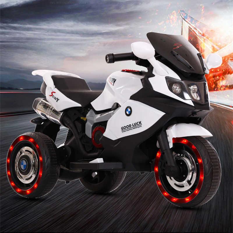 La batería eléctrica del triciclo de la motocicleta de los niños puede sentarse la carga doble del niño adulto con el coche del juguete del bebé del control remoto