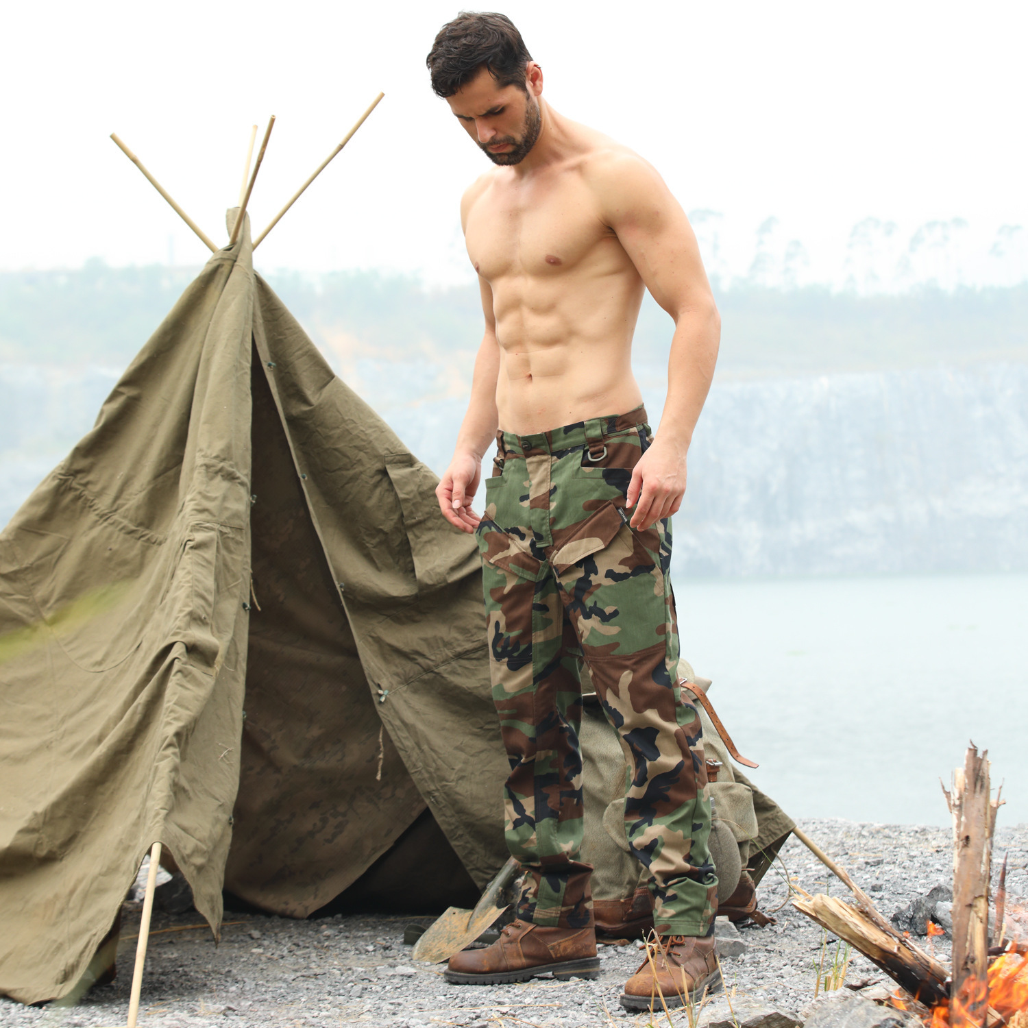 Men's Camo Multi Pocket Cargo Pants Outdoor Hiking Hunting Military Training Wearproof Plaid Cloth Army Fans Tactical Trousers