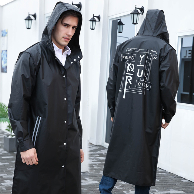 Yuding الأسود موضة طويلة الرجال معطف واق من المطر للجنسين الكبار مقاوم للماء المعطف جولة البلاستيك معطف واقي من المطر مع رسالة الطباعة الرباط