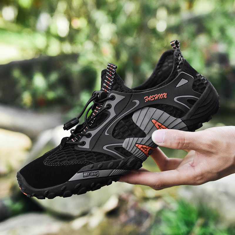Breathable leisure sports upstream shoes outdoor professional non-slip durable hiking shoes men's cool hiking wading sports shoe