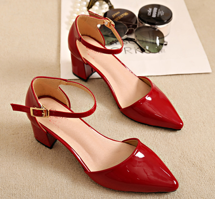 Image 4 - European style sandals female 2018 new word buckle thick with single shoes Womens pumps  small size 31 32 33 Baotou high heelsWomens Pumps   -