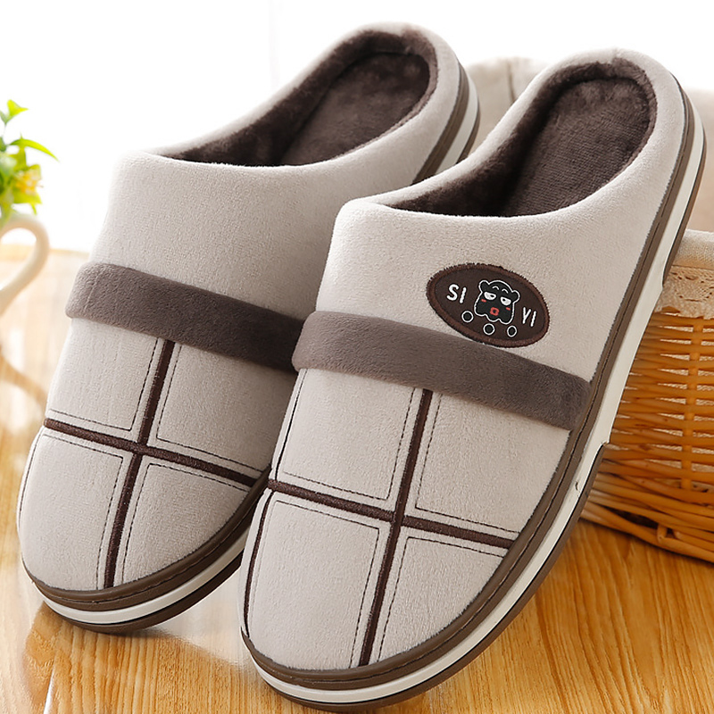 Men Indoor Slippers Winter Big Size 45-50 Gingham TPR Sole Warm Fur Slippers For Male Velvet Short Plush House Shoes Men