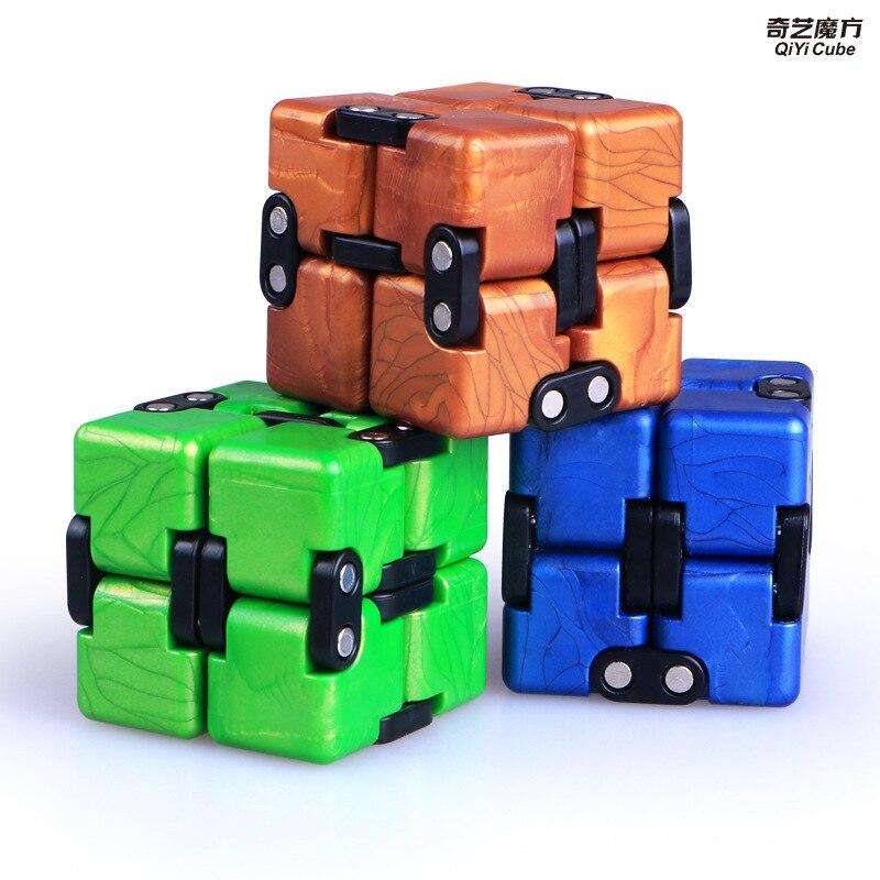 스트레스 릴리프 장난감 QiYi 다채로운 인피니티 매직 네오 큐브 블록 휴대용 감압 어린이를위한 편안한 장난감 성인 어린이 완구