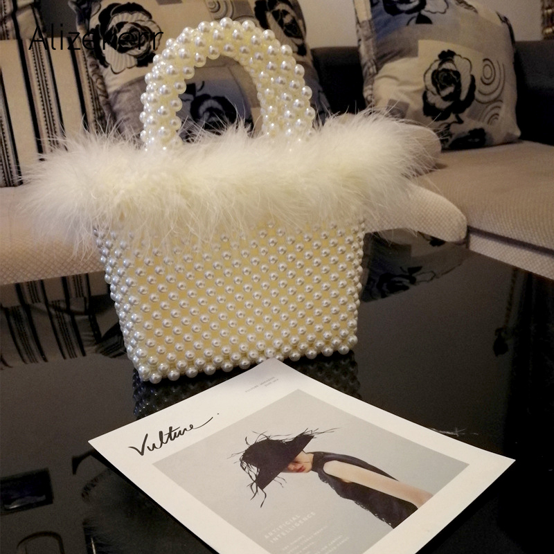Faux Fur Pearl Evening Bag Women Hand Woven Panelled Beaded Tote Purses And Handbags Female Cute Shoulder Bag Dinner Party New