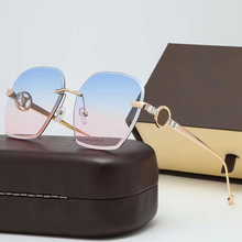 New Oversize Square Sunglasses Women fashion Sun Glasses Dri