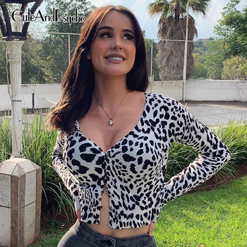 цена на Streetwear Leopard Printed Women's Top Long Sleeves Sexy Tees V-neck Cropped T-Shirt Button Harajuku Streetwear Cuteandpsycho