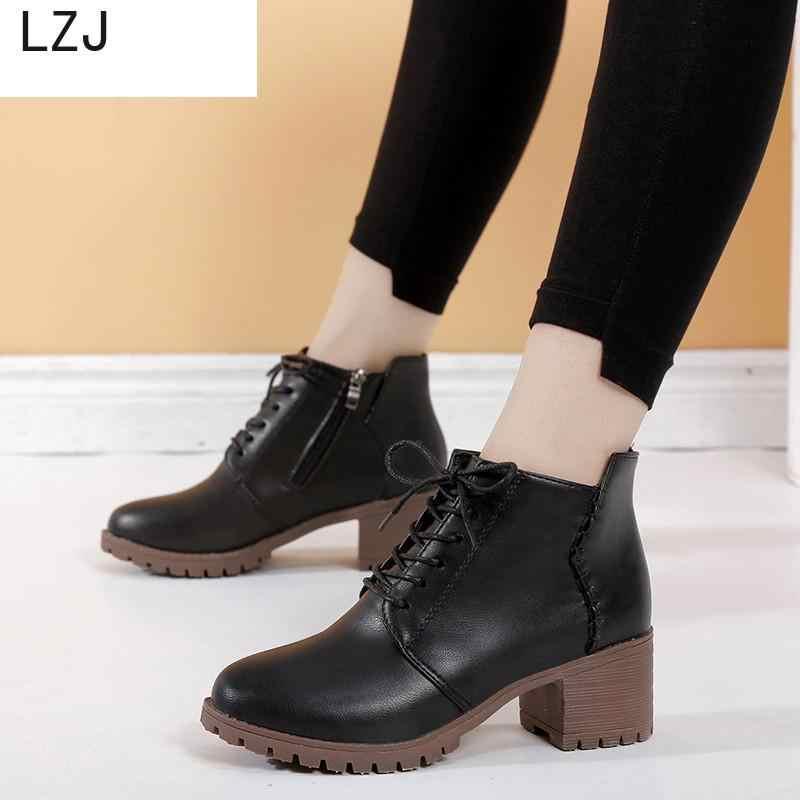 Sonbahar Moda Siyah Martin Çizmeler Kadın İlkbahar dantel-up Yumuşak Deri platform ayakkabılar Kadın Parti Ayak Bileği Yüksek Topuklu Boyutu 42 botas