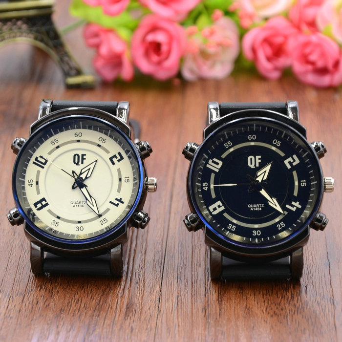 Fashion Sports Analog Unisex Couple Watch Men Watch Women Quartz Wrist Watch Faux Leather Band Fashion Watch For Lovers Clock