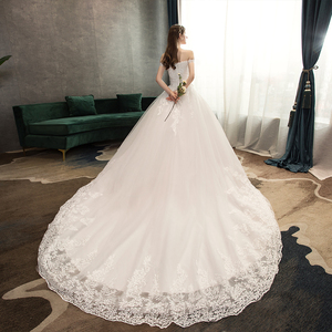 Image 2 - Neue Ankunft Süße Elegante Prinzessin Luxus Spitze Hochzeit Kleid 100 cm Boot ausschnitt Appliques Promi Ballkleid vestido De Noiva