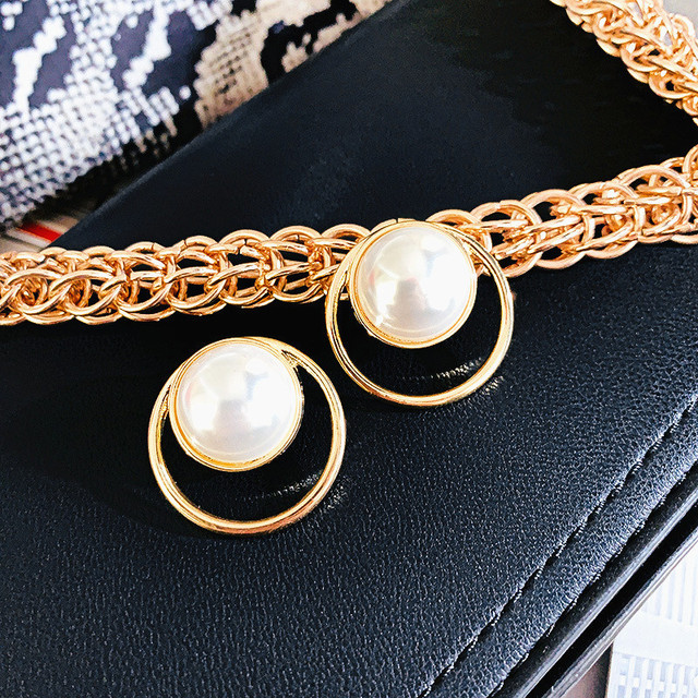 Korean Bar Pearl Stud Earrings For Women 2020 New Fashion Jewelry Korean Simple Earings Gold Color.jpg 640x640 - Korean Bar Pearl Stud Earrings For Women 2020 New Fashion Jewelry Korean Simple Earings Gold Color Wholesale