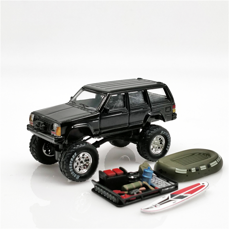 XCarToys 1:64 Jeep Cherokee 2nd black off road car w/accessories Diecast Model Car