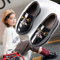 https://ae01.alicdn.com/kf/H51a51437f5b349e6b7576a9deaf852ea8/2019-Autumn-New-Style-Girls-Leather-Shoes-Students-Flat-Top-Shoes-Shoes-Small-Bee-Black-And.jpg