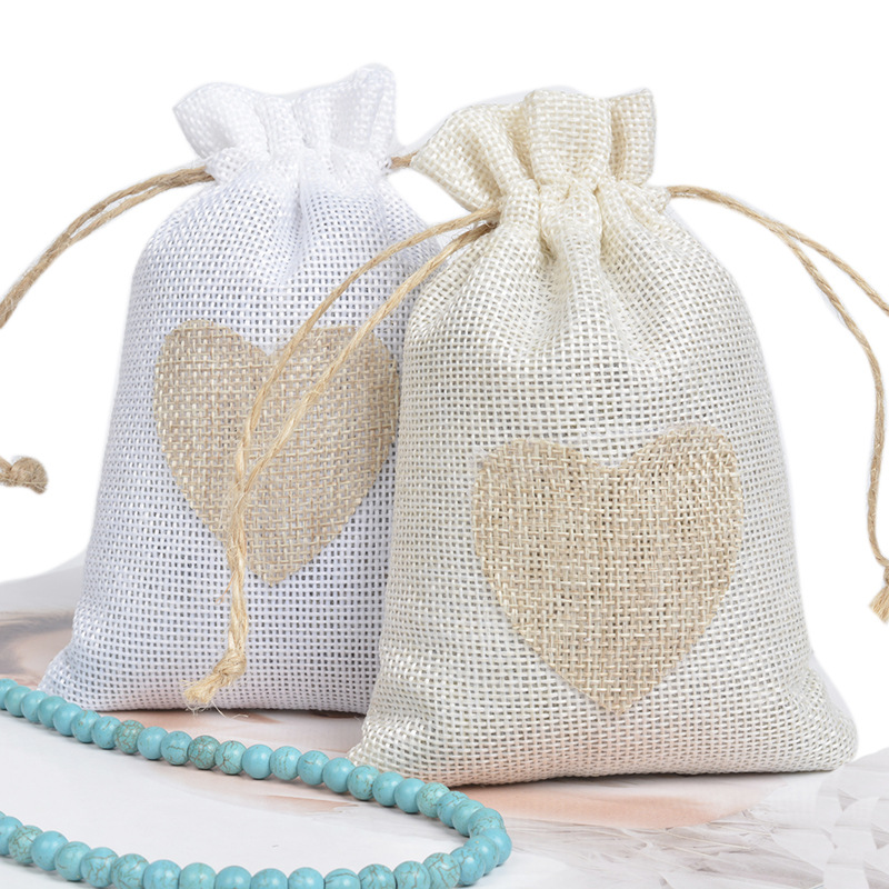 20pcs/lot 10x14cm Heart Shape Favor Bag White/Beige Linen Drawstring Jewelry Gift Packaging Bags Valentine Wedding Party Pouches
