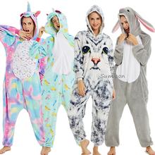Kigurumi jednorożec piżamy dorosłych zwierząt piżamy dla kobiet mężczyzn Onesie Panda Anime cosplay kostiumy zimowe piżamy kombinezon kombinezony tanie tanio sumioon Poliester Cartoon S M L XL Flanelowe Unisex Pasuje prawda na wymiar weź swój normalny rozmiar licorne