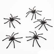 30pcs/lot Black Spider Halloween Decoration Plastic Fake Spiders Scary Prank Funny Joking Toys Realistic Props Party Supplies 30pcs halloween gadget plastic cockroaches joke decoration props rubber toy gags practical funny toys plastic bugs cockroach