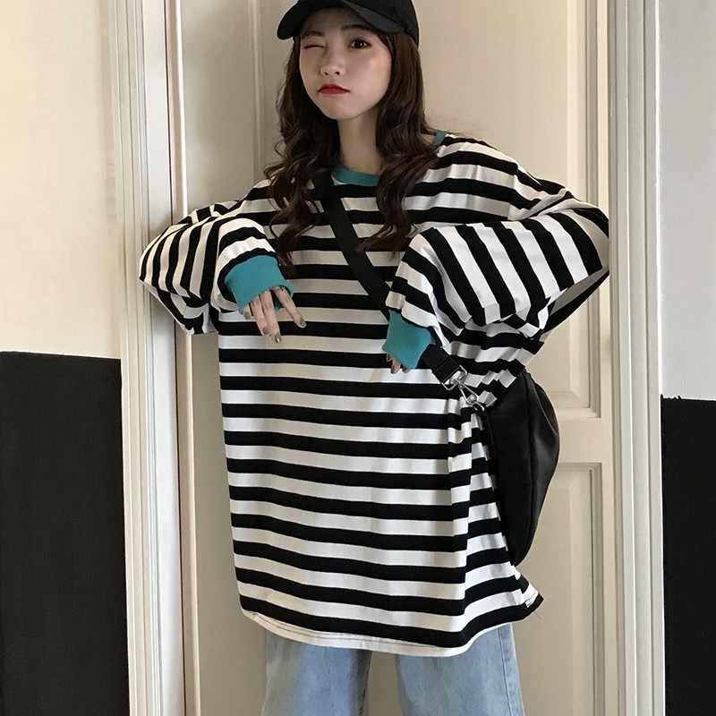 Oversized Women Striped T shirt Korean Style Casual Hip Hop Streetwear Friends 90S Grunge Aesthetic Basic Tee Stranger Things