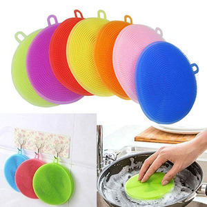 Silicone Cleaning Brush Dish Washing Kitchen Accessories Clean Up Rag Coaster Fruit Washing Vegetable Brush Insulation Pads