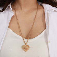 Fashion Heart-shaped Pendant Necklace Simple Geometric Religious Totem Necklace for Women trend Jewelry Accessories