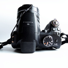 USED Fujifilm FinePix S4200 Digital Camera 3-inch LCD displa