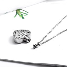Popular Titanium Steel Heart Pendant Necklace for Ashes Memorial Cremation Jewelry with Paw Print  Pet Dog Cat