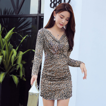 2019 autumn womens new Korean version of leopard sexy bag hip V-neck slim slimming dress