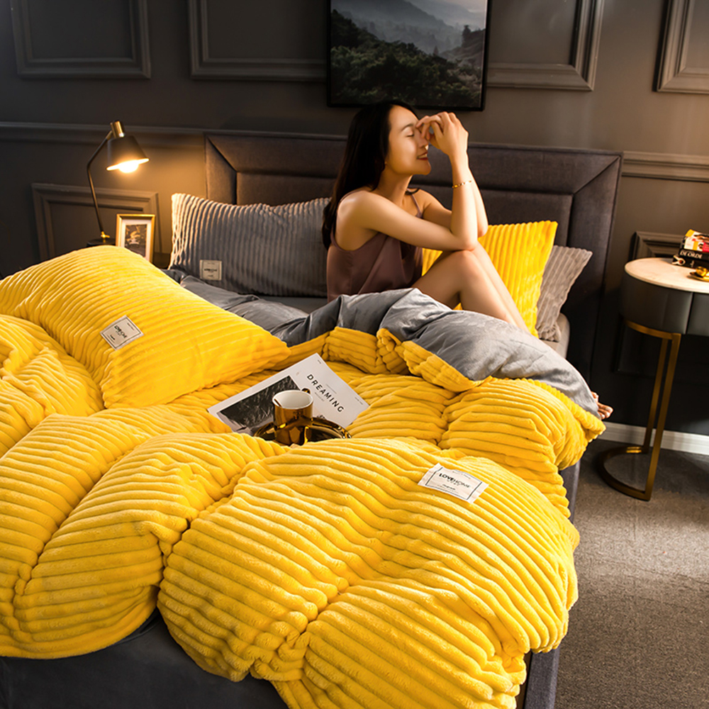 2019  Winter Soft Warm Red Yellow Coral Velvet Quilt Bed Cover One Piece Flannel Thickening Warm Duvet Bedding Cover