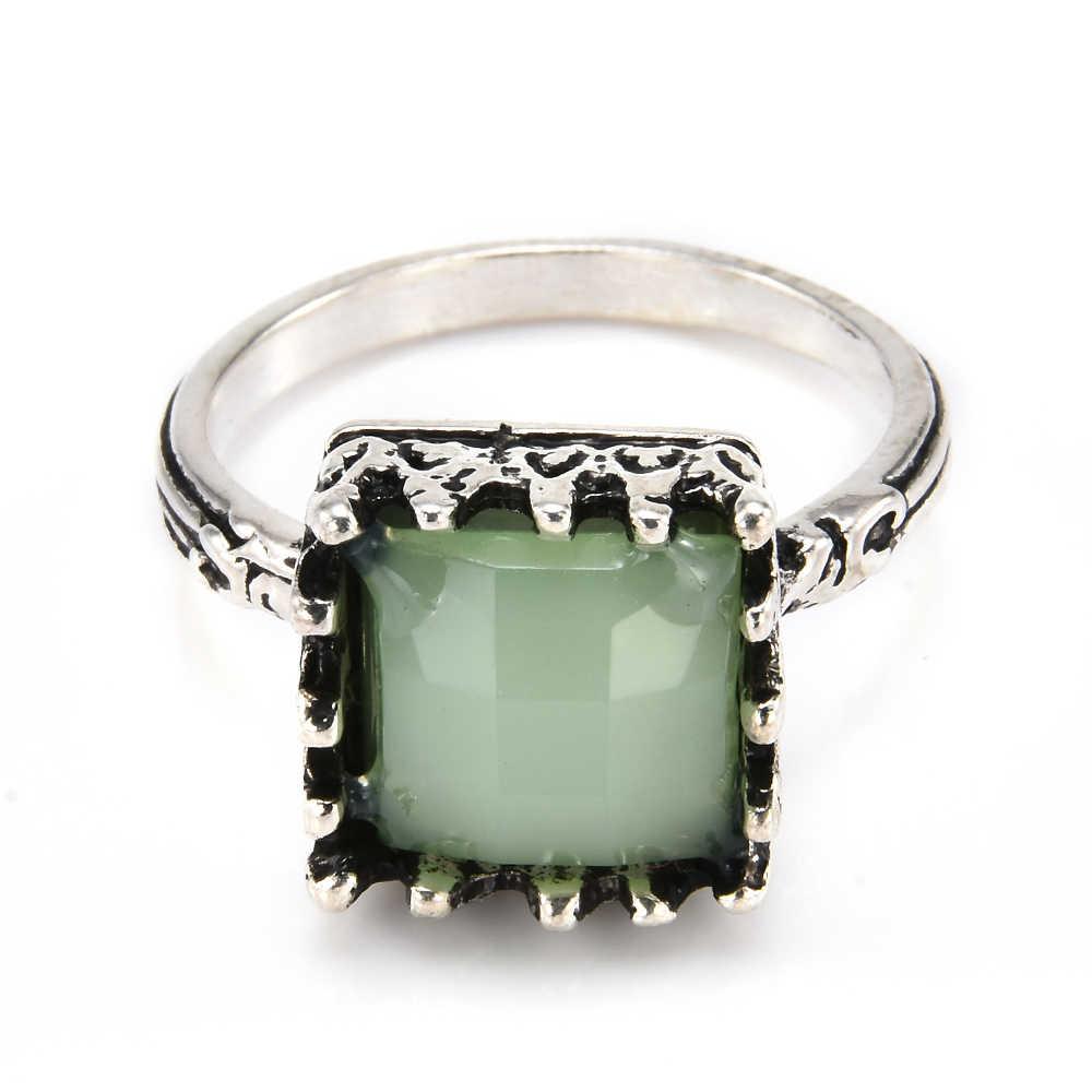 Antigo anel feminino boho princesa corte de cristal natural verde pedra moonstone anéis para jóias femininas punk anéis de casamento