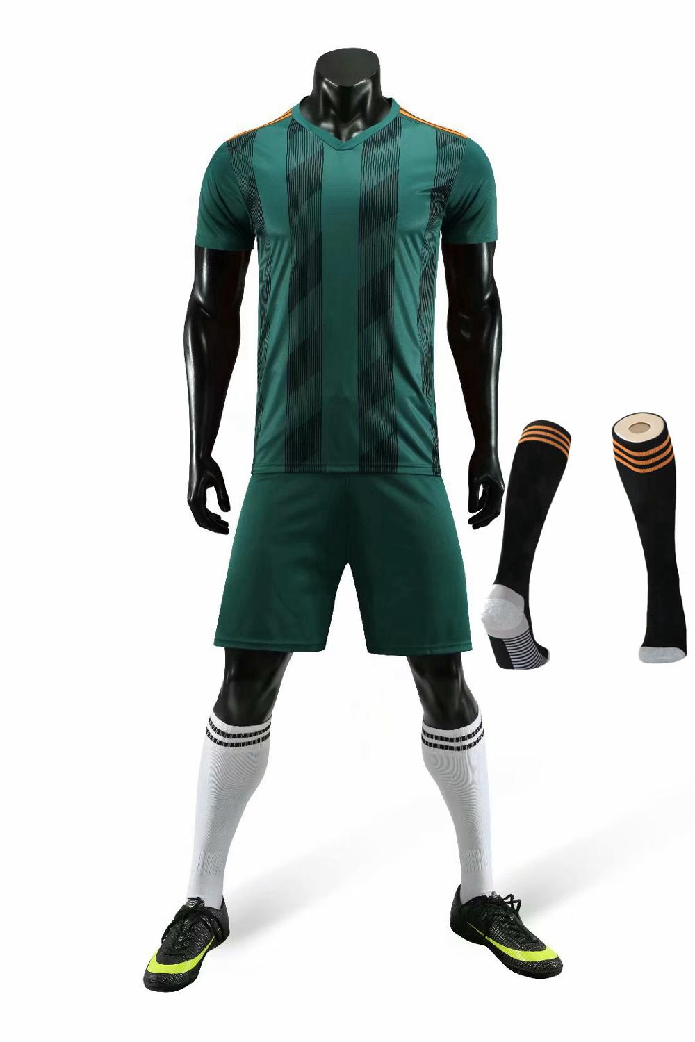 Children Sets football uniforms boys and girls sports kids youth training suits blank custom print soccer set with socks 20