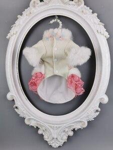 Image 2 - Ücretsiz kargo el yapımı köpek giysileri yün Pet Coat köpek elbise yapay tavşan kürk yaka kristal çiçekler kedi giysileri Yorkie