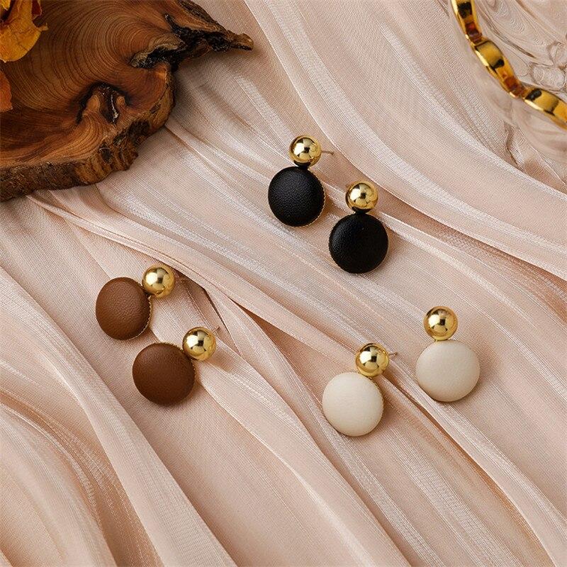 2021 nuovi orecchini a bottone rotondi geometrici Vintage invernali per le donne gioielli semplici Oorbellen delicati