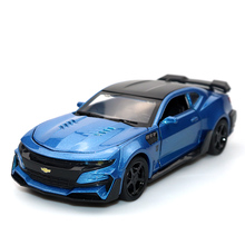 1:32 Chevrolet Comalo Blue Car High Simulation Alloy Diecast Model Pull Back Sound Light Collection for Childrens Gifts