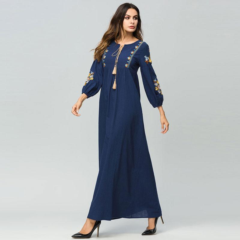 Elegant Ethnic Embroidery Women Boho Dress Casual Muslim Abaya Dubai UAE Arab Islamic Robe Tassel Ramadan Moroccan Gown VKDR1739