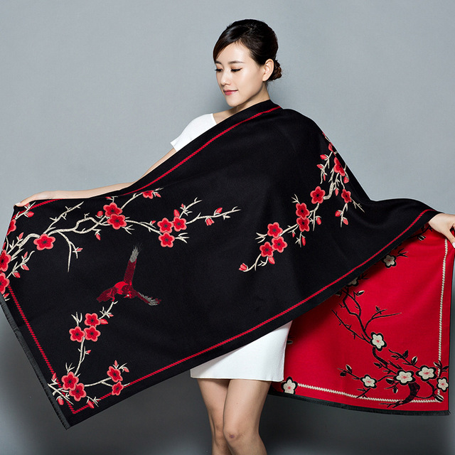 2019-New-Shawl-Women-s-Thickening-Warm-Pashmina-Cashmere-Scarf-Autumn-winter-Oversize-Soft-scarf-Shawl (2)