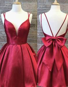 Vintage A-Line Short V-Neck Homecoming Dresses with Pockets Corset Back Knee Length Graduation Dresses with Bowknot for Juniors
