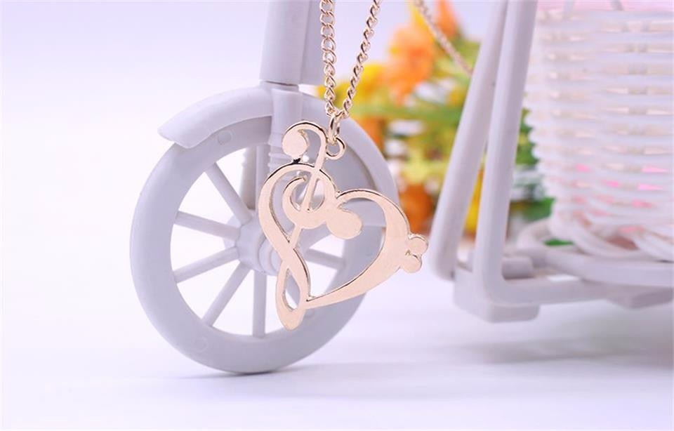 Trendy Music Necklace Heart Pendant Treble and Bass Clef