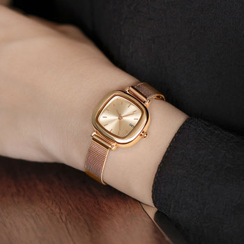 French Niche Watch Ladies Fashion & Casual Womens Minimalist Temperament Students Small Dial with Square
