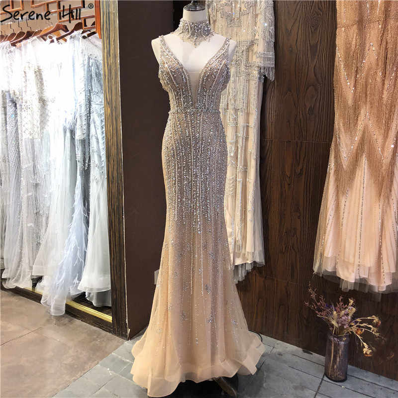 Dubai Champagne V-ausschnitt Perlen Diamant Prom Kleider 2020 Neuesten Design Ärmelloses Sexy Prom Kleider Ruhigen Hill BLA70055