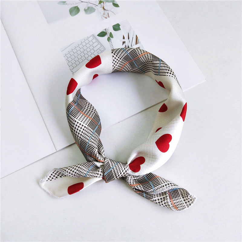 2019 New Women 50*50cm Spring Autumn Heart Print Small Square   Scarves   Female Headband Hair Tie Band Wrist   Wrap   Head Bandana