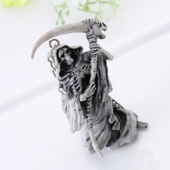 1pc New Rubber Devil Death Monster Car Skull Keychain Key Chain Accessories About 9x6.2cm image