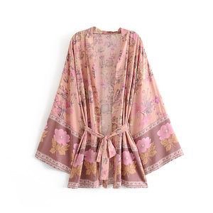 Image 2 - boho vintage summer tops floral print with washes kimono women 2019 fashion cardigan V neck beach chic blouses shirts blusas